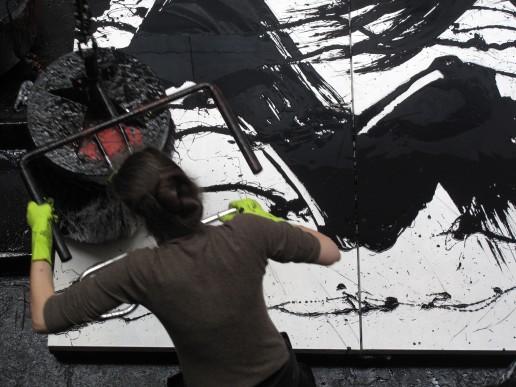 fabienne_dans_son_atelier_2012-photo_d_atelier_l_atelier